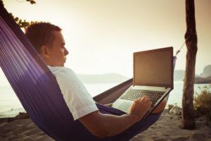 Los timos de verano en Internet Malware - Los timos del verano Stop SPAM